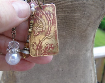 Victorian etched metal charm necklace
