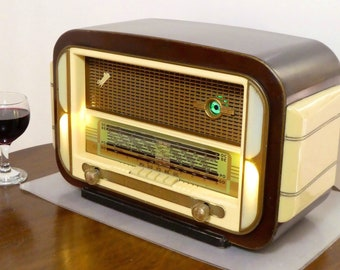 Bluetooth speaker system Art Deco 1956 Sonolor model Marignan with FM radio and Aux inputs. Art Deco Modernist style. 80watts.