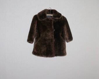 Kinder Pelzmantel Mantel Jahrgang Kinder Mantel Vintage Fell Mantel Fell Mantel braun Mädchen 70er Jahre Sowjet-Ära Mädchen Schaffell Mantel braun