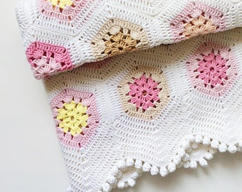 Crochet cotton / acrylic baby blanket / babywrap / throw for babygirl / hexagons / white, pink, beige