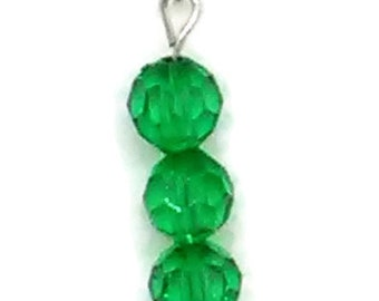 Emerald Green Beaded Pendant Necklace