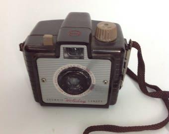 Vtg Kodak Brownie Holiday Camera | Brown Bakelite |,Vintage Photography | Photos | 50s 1950s