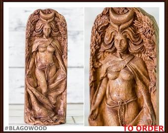 Moon goddess, wooden, Aradia, lunar goddess, celtic goddess, pagan goddess, wiccan, wicca, altar, druid, witches, gaelic