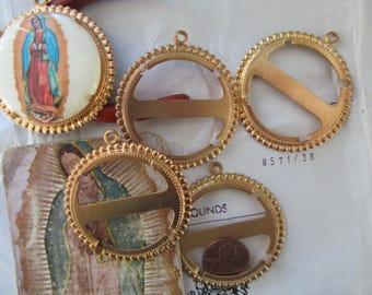 5 Vintage Round  Raw Brass Cabochon Setting