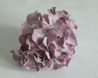 Light purple gumpaste hydrangea