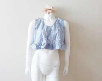 Vintage embroidered crop top | vintage light denim heart embroidered crop top