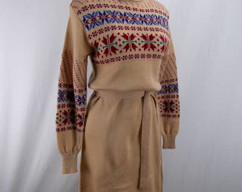 1970's Turtle Neck Sweater Dress with Nordic Pattern Large