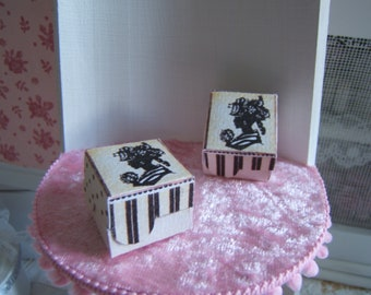 Miniature box portrait spirit Boudoir 1/12 Dollhouse