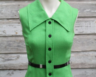 Take Notes - 1970s 70s - Kelly Green Mod Belted Shirtwaist Dress - Work Wear - Day Dress - Mad Men -St Patricks Day- Size 4-6 - Pockets