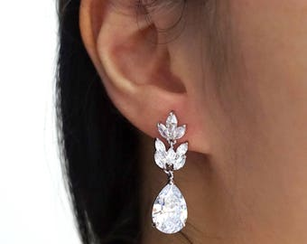 Silver White Gold Wedding Bridesmaid Gift Bridal Earrings Bracelet Jewelry Set Clear White Cubic Zirconia Teardrop Ear Stud E308 B88