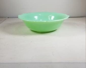 Vintage McKee(McK) Ruffled Edge Jadeite Bowl Serving Bowl