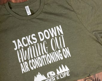 GLAMPER LIFE Comfy T-Shirt | Jacks Down Awning Out Air Conditioning On | Camping Glamping Gift