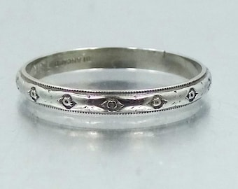 18k Solid White Gold Art Deco Wedding Ring Stacking Band