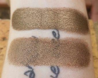 Wolf Cub - Reddish Chesnut Brown, Mineral Eyeshadow, Mineral Makeup, Vegan