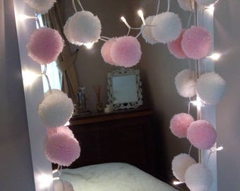 Fairy lights with 20 (pink and white) handmade yarn pompoms