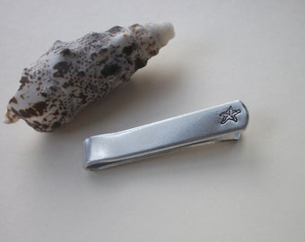 Starfish Aluminum Tie Bar / Tie Clip - Wedding Party - Groomsman Gift - Can Be Personalized Too