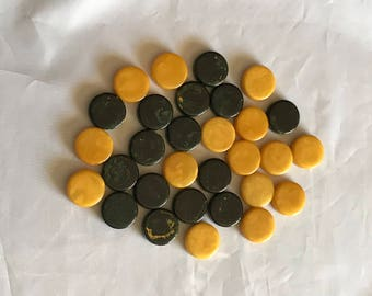Lot of 30 vintage yellow green marbled Bakelite backgammon checkers chips game pieces
