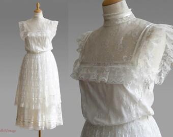 Vintage wedding dress, lace, white, flower power, Hippie, 1970