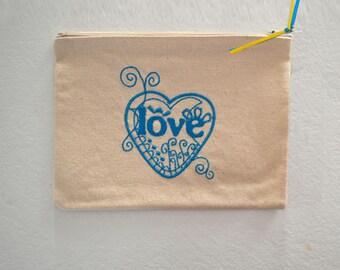 Exclusive love blue 22x16cm collection pouch