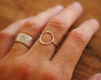 Simple Circle Ring | Sterling Silver