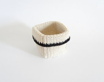 Crochet container with kitchen twine,small storage basket with black border rustic container with black edge READY TO SHIP