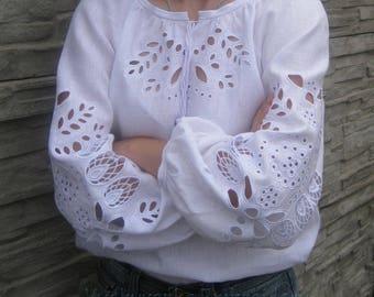 White blouse vyshyvanka  of 100% linen Richelieu Boho Style Ukrainian clothing boho blouse Ukrainian folk shirt Embroidered CutWork