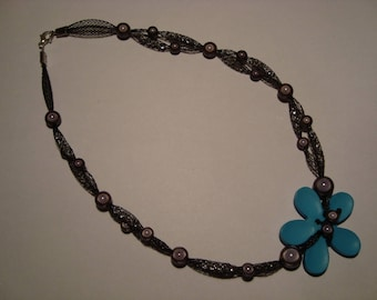 Necklace blue flower with Rhinestone mesh