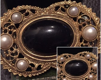 Vintage Goldtone Brooch with Black center and Pearls