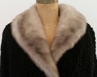 Vintage Persian Lamb Coat Mink Collar Stroller Length Roll Up Sleeves 1960's Black Curly Lamb Jacket Swing Style Gray Mink Collar Sz M/L