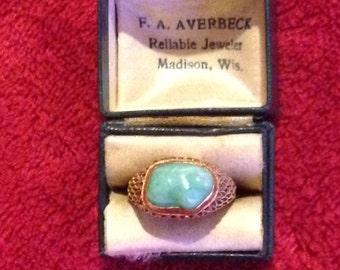 Vintage 14K YG Jade Ring