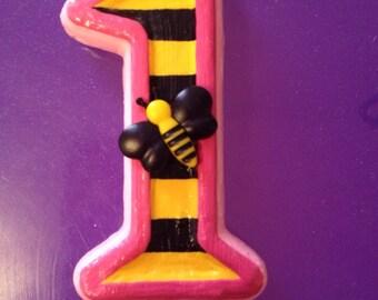 Bumblebee candle