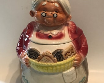 Vintage Grandma Cookie Jar// Cookie Jar