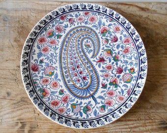 Delightful Gien plate Cachemire decorative plate, wall hanging plate table centerpiece, exquisite hand painted floral decor, Gien 1970s 1980