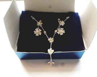 Vintage Avon Silver Floral Rhinestone Necklace and Pierced Earrings SET in Original Box