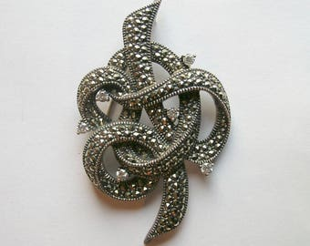 925 Silver Gorgeous Vintage Marcasite Knot Design Brooch