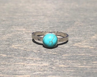 Turquoise Ring with Hammered Band