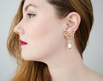 gold vintage wavy bow droplet earrings   clip on earrings