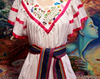 Mexican Blouse, Embroidered, White, Red, Frida Kahlo size M