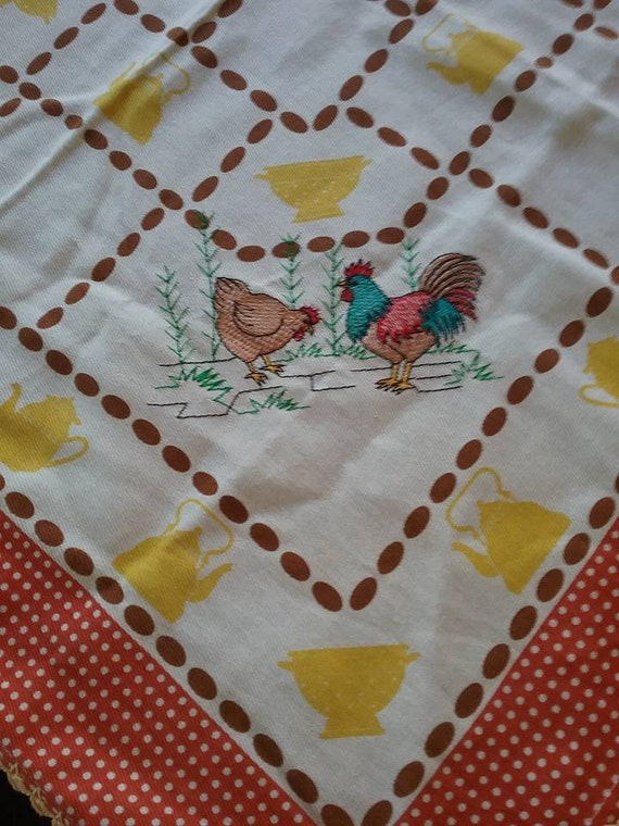 Retro Square Table Linen, Retro Square Table Cloth, Retro Embroidered Tea Towel, Hen and Rooster Kitsch, 60s Style Retro Table Cloth