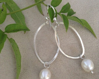 Brushed Silver Twisted Hoops with Freshwater Pearl