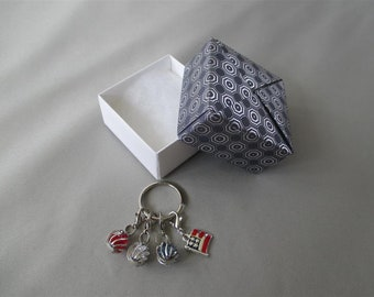 Americana Convertible Keychain/Zipper Pull Set with Modular Origami Box | Red, White, and Blue Keyring with Detachable Charms and Gift Box