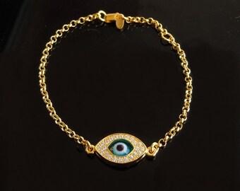 Kelly Ripa Evil Eye Bracelet in Gold