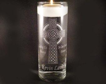 Mariage personnalisé Memorial bougie - croix celtique Memorial bougie Vase w / flottant bougie - Memorial personnalisé Vase - proches dans le ciel