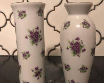 2 Vintage Lefton China Handpainted Bud Vases Purple Posies 1962