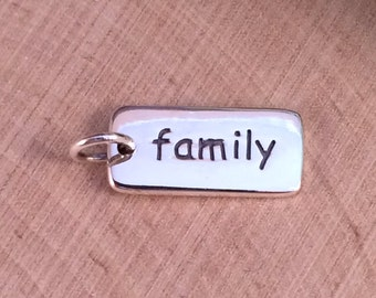 Family Charm, Family Pendant, Family Rectangle Charm, Family Jewelry, Sterling Silver Charm, Sterling Silver Pendant, Word Charm, PS01173