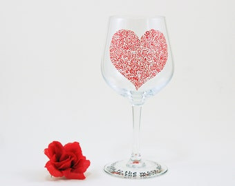 Valentines wine glass - Hand painted - I love you to the moon and back - Sweetheart Collection