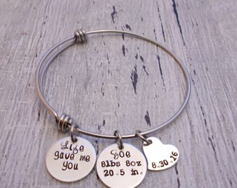 Mom Bracelet With Baby Stats, Baby Stat Jewelry, Mom Bangle, Bangle Bracelet, Personalized Bangle, Child Name, Birthdate, Weight, Birth Stat