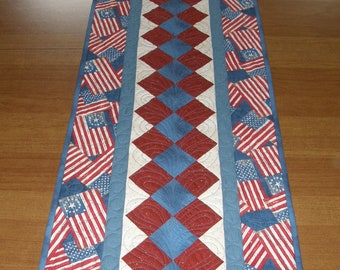 Patriotic Quilted Table Runner, Patriotic Table Runner Quilt, Americana Table Runner, American Flag Table Runner, Quiltsy Handmade