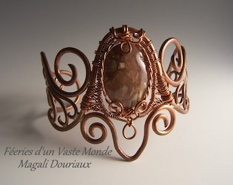 Copper bracelet forged and handwoven (wire wrapping), Jasper