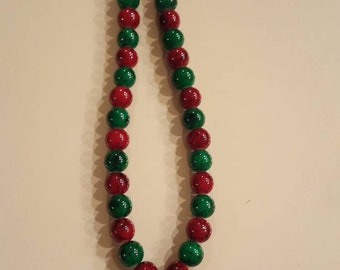 Red rose beaded necklace